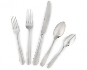 Screen Shot 2014 03 21 at 9.55.56 AM 300x242 Oneida 18/10 Stainless Steel Silverware Set for $95 + Kitchen Gadget Blow Out