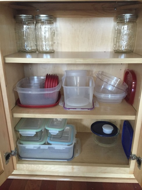 Food storage container cabinet